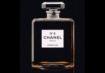 4-Chanels-Chanel-No_-5-1850.jpg
